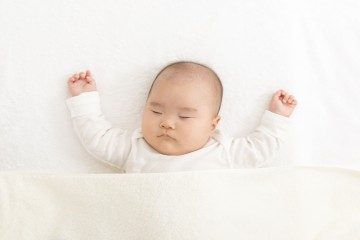 baby_on_back_100419.jpg
