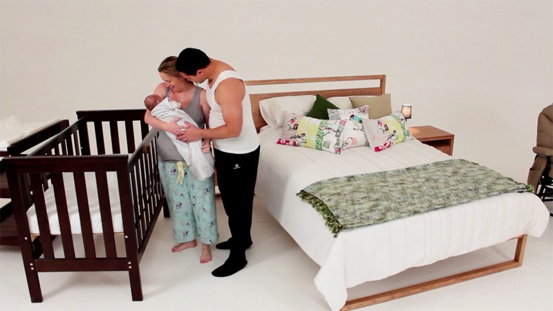 Why Your Baby Should Sleep In Your Room With You | Red Nose Australia